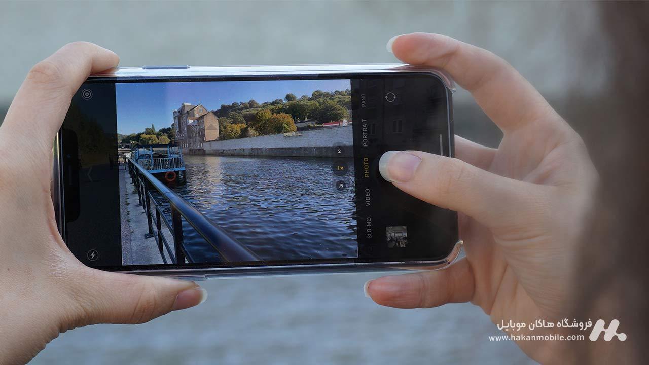 دوربین های سه گانه فوق حرفه ای iPhone 11 Pro Max